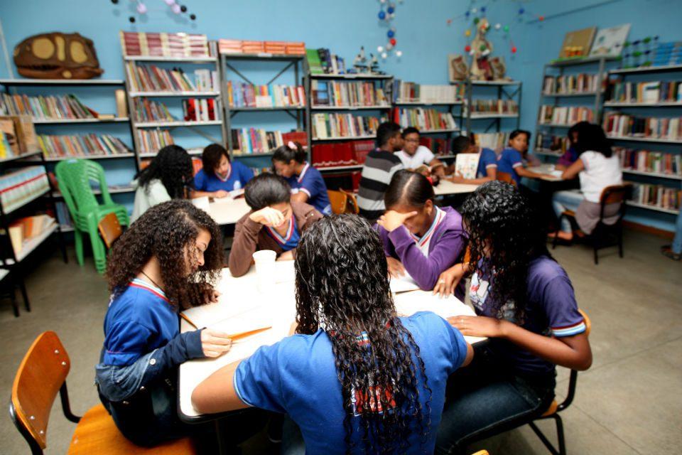 Relatório do Banco Mundial aponta para a existência de uma crise mundial do processo de aprendizagem