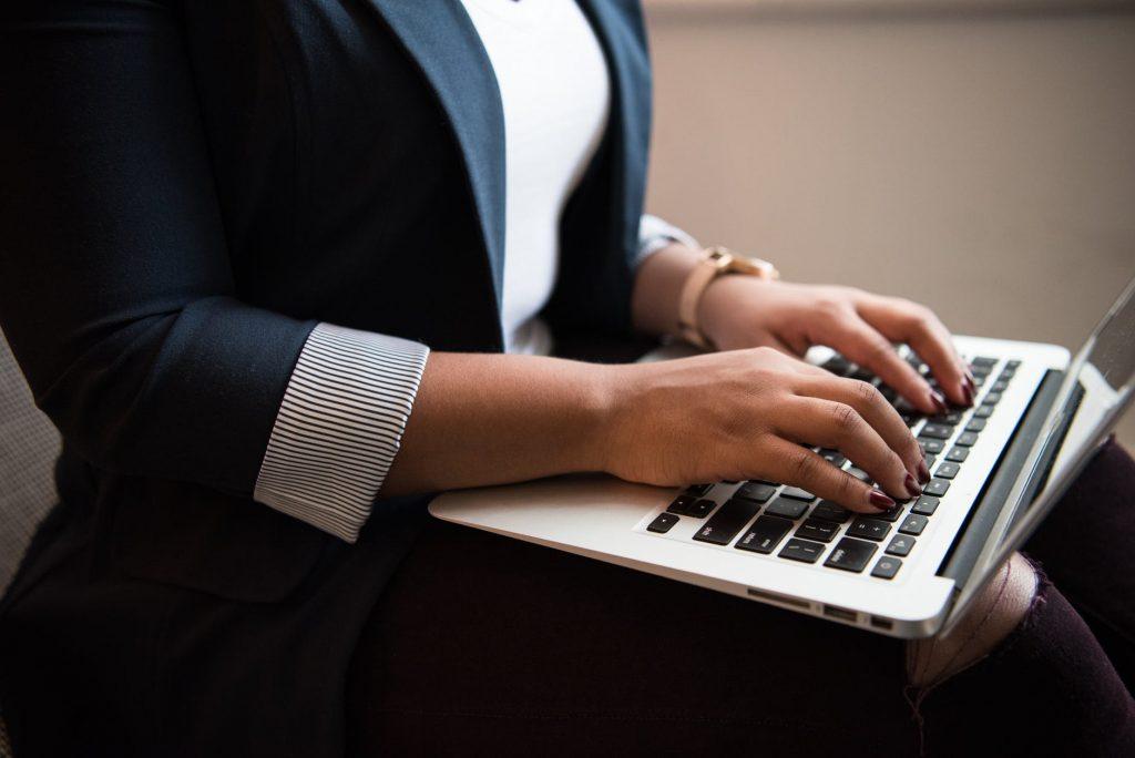 Especialistas consideram imperativa a reflexão sobre os impactos da inteligência artificial nas profissões jurídicas - foto: Pixels.com