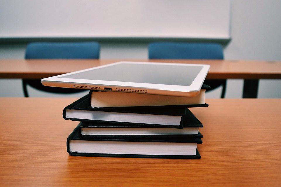 Uso da tecnologia é um dos destaques da Base Nacional Comum Curricular (BNCC), que deverá ser implementada em todas as escolas do Brasil até 2022 Foto: Pixabay