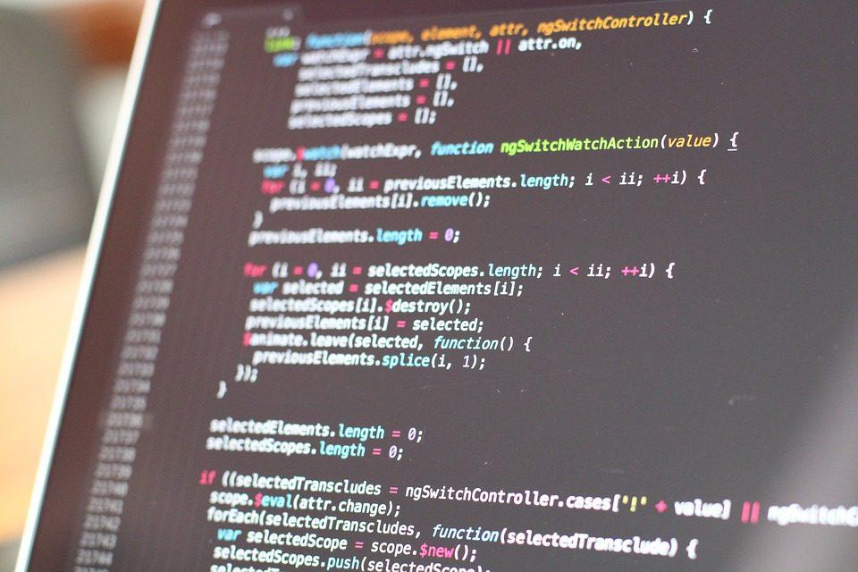 Mais do que uma simples forma de ganhar tempo, empregar a Inteligência Artificial é, e vai se tornar cada vez mais, uma importante vantagem competitiva no mercado. Imagem: Pixabay