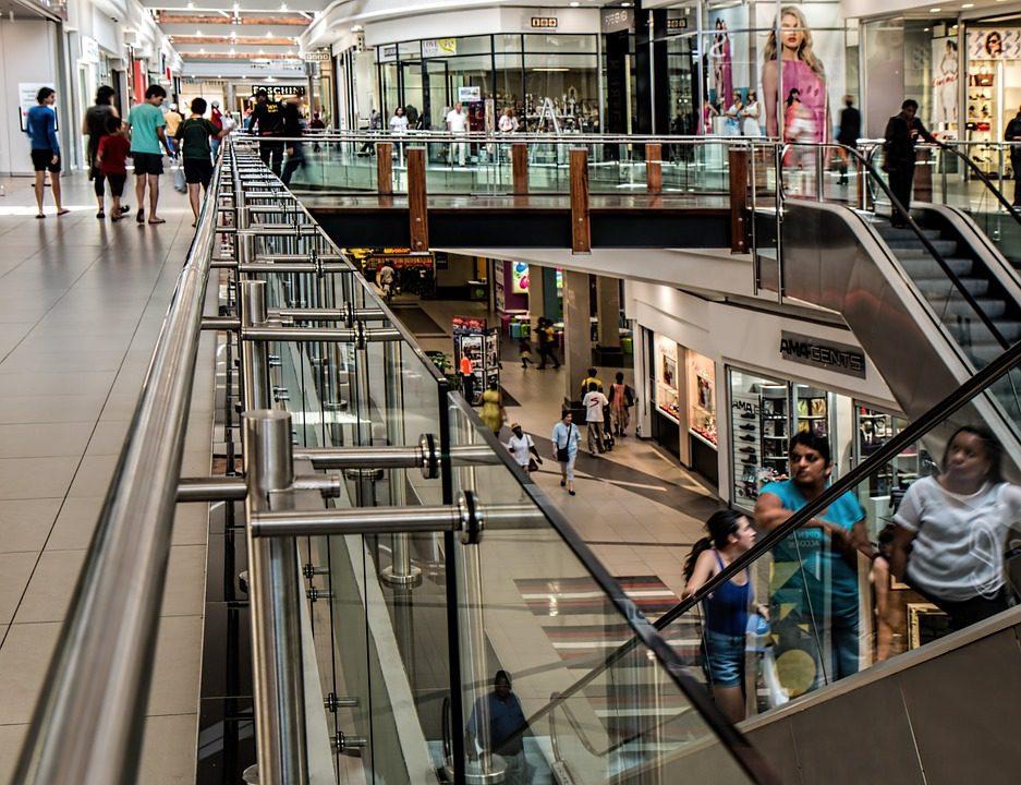 Experiência de compra é um dos pontos mais importantes do varejo inteligente. Os clientes cobram, no mínimo, uma vivência fluída entre o virtual e o físico Foto: Pixabay