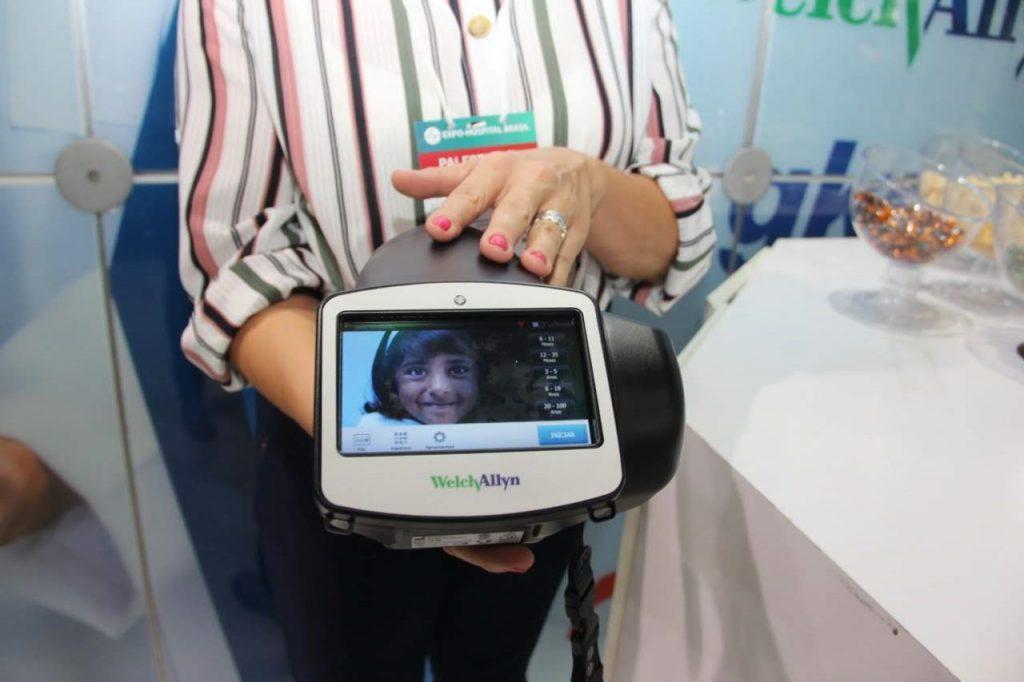 Entre as novidades, câmera que detecta miopia em crianças. Foto:divulgação.