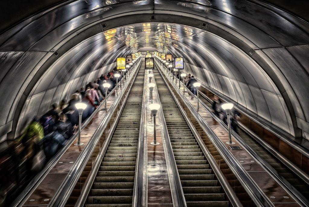 Transportes sobre trilhos carecem de investimentos. Foto: Pixabay.