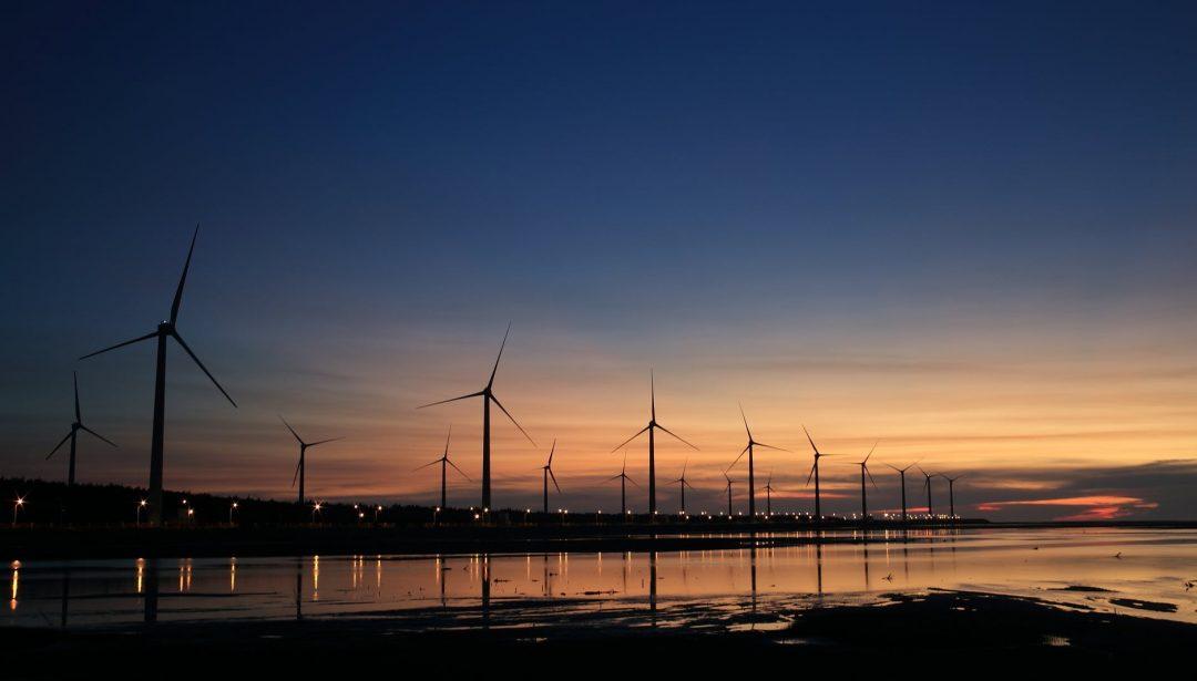 Em alguns anos, uma parcela representativa da energia gerada no país deverá ser oriunda do Nordeste. Foto por Flickr em Pexels.com