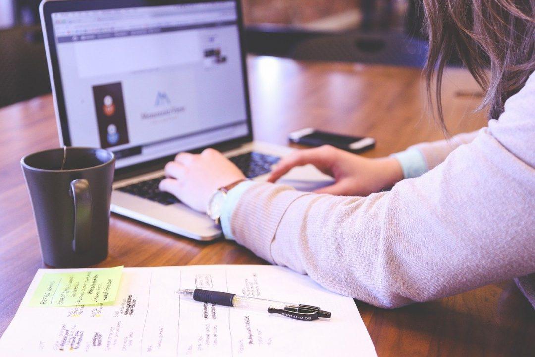 Com o objetivo de discutir customer experience mindset, inovação na prática, branding e awareness, a Take - líder brasileira no mercado de chatbots para comunicação inteligente entre empresas e pessoas – vai realizar o Conexões Bots4U, entre os dias 27 e 30 de abril.