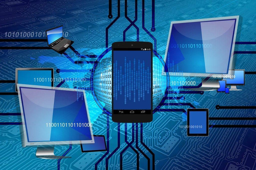 Imagem ilustrativa cenário futurista com smartphones integrados em rede