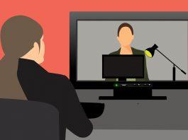 Ilustração - pessoas fazendo videoconferência. Imagem: Pixabay