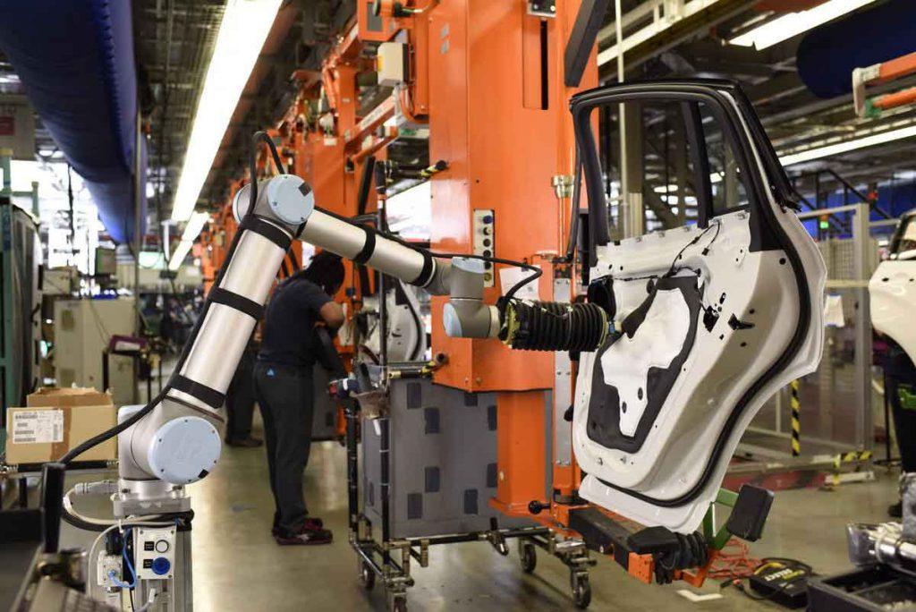 Levantamento da Research & Markets, aponta que o mercado global de manufatura inteligente deverá valer mais de 181 bilhões de dólares até 2020 e mais de 220 bilhões até 2025