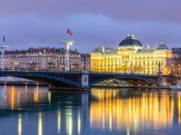 foto da universidade de Lyon, na França