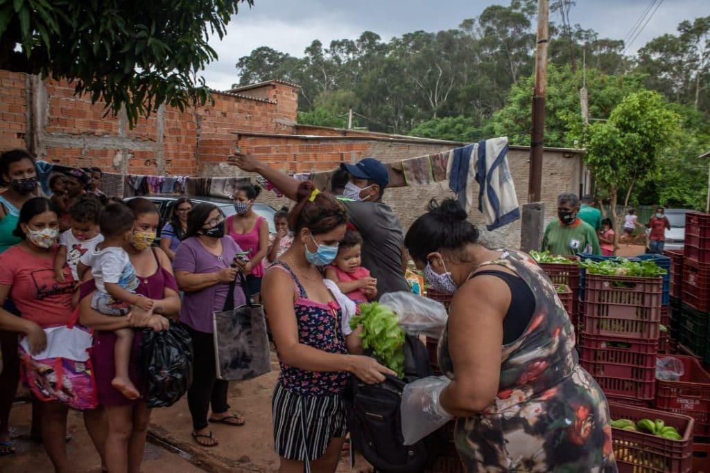 foto populaçao recorre a distribuição de alimentos em ribeirao preto - foto:Filipe Augusto Peres fotos públicas