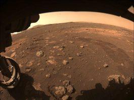 visão parcial de marte, fotografada pela nave perseverança, dos EUA - NASA / JPL-Caltech
