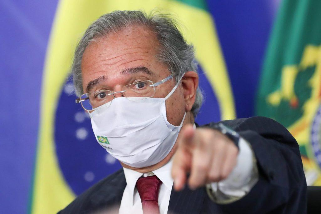 Ministro Paulo Guedes mostra desconhecimento -- além do preconceito -- ao criticar o Fies e políticas de investimento social
